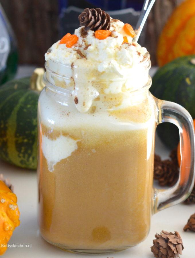 recept pumpkin spice latte koffie met pompoen van starbucks © Bettyskitchen.nl