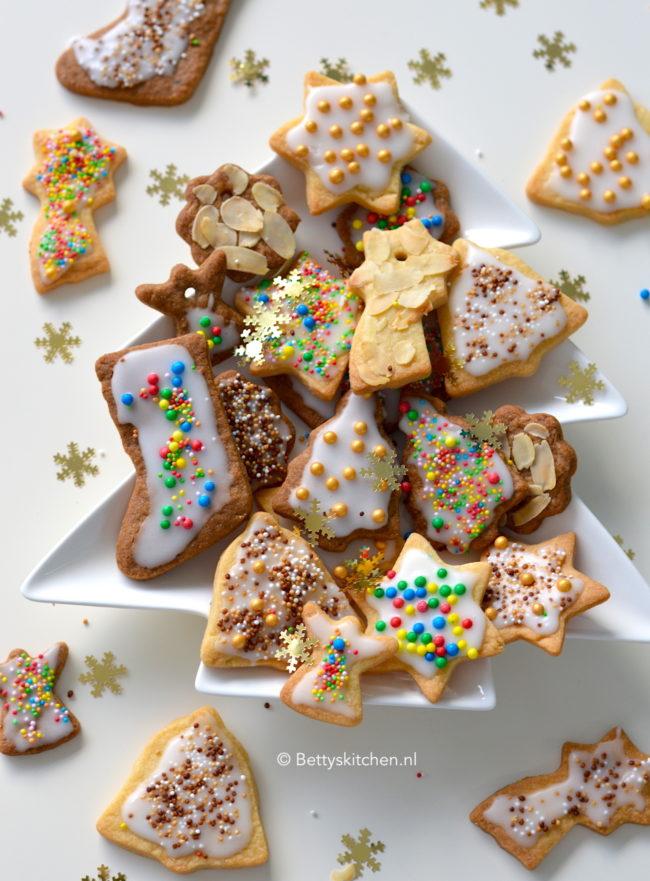 10x kerstdesserts - recept kerst koekjes maken met glazuur en disco dip © bettyskitchen