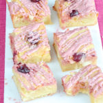 blondies met roze chocolade recept © bettyskitchen
