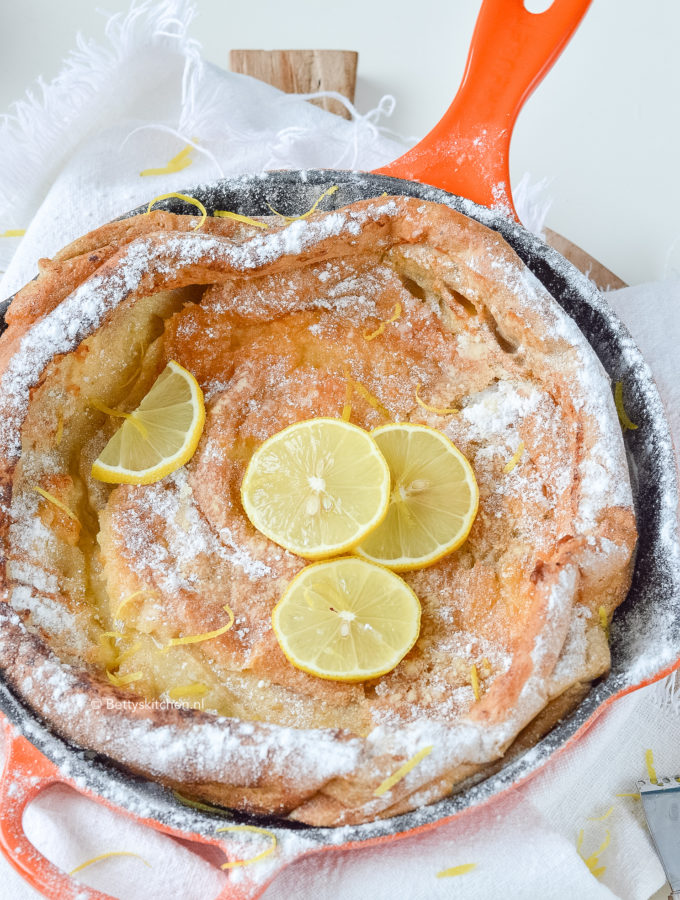recept dutch baby pancake_ ovenpannenkoek met citroen © bettyskitchen