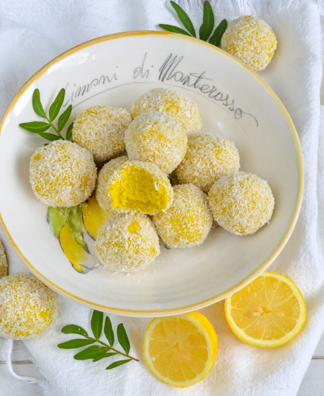 recept vegan lemon cake balls © bettyskitchen.nl
