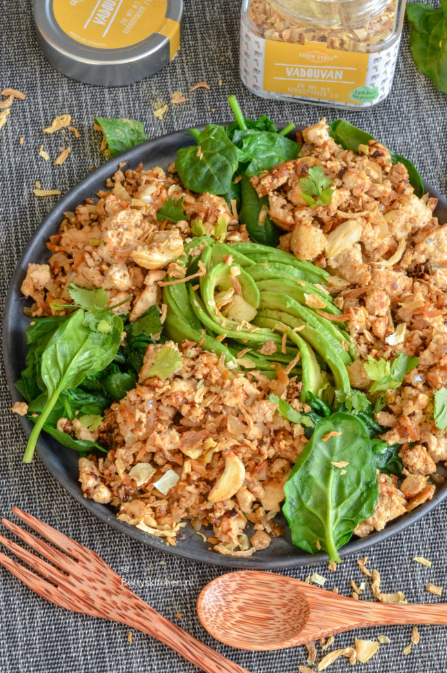 recept vegan roerei scrambled tofu © bettyskitchen.nl