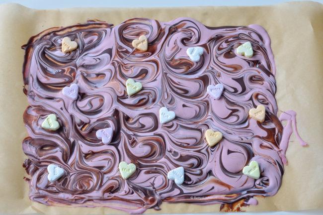 recept zelf valentijns chocolade maken met ruby roze en puur © bettyskitchen.nl