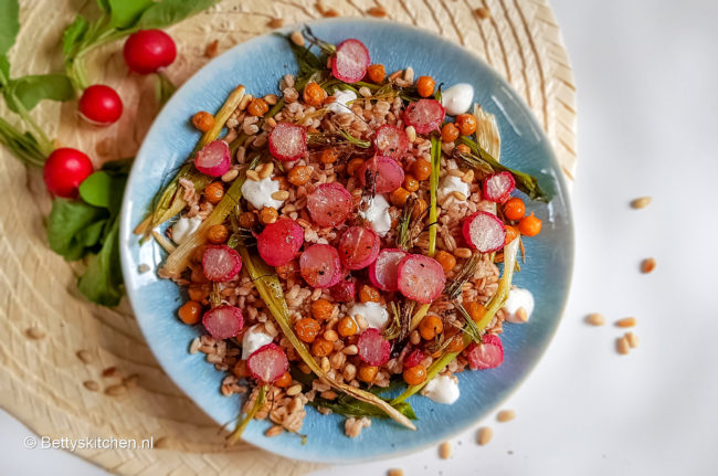 recept spelt salade met gegrilde radijs © bettyskitchen