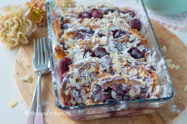 recept paas brood pudding uit de oven kookvideo voor leftover paasbrood © bettyskitchen.nl