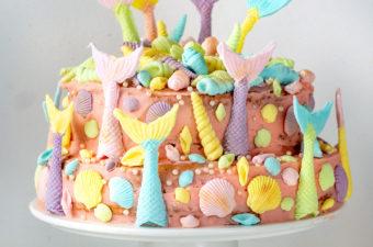 recept zelf mermaid taart maken met biscuit beslag en fondant kookvideo bettys kitchen