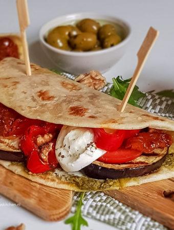 recept vegetarische italiaanse piadina met gegrilde groenten Nationale Week Zonder Vlees © bettyskitchen