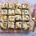 Carrot Cake uit Cakes kookboek Rutger van den broek