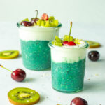 overnight oats met spirulina en kiwi