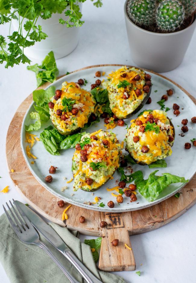 recept gevulde avocado's met quinoa © bettyskitchen.nl