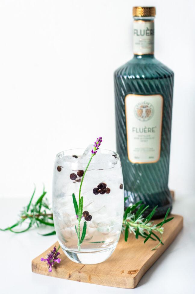 7x alcoholvrije gin tonic maken recept met Fluere © bettyskitchen.nl