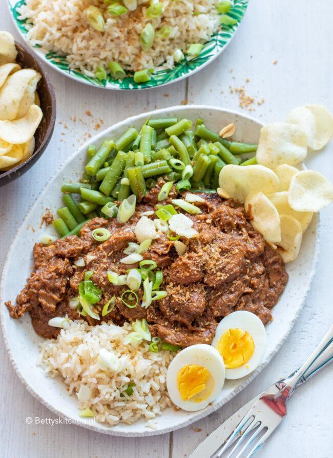 recept pinda kip uit de slowcooker © bettyskitchen