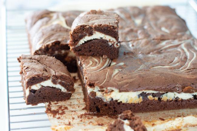 recept cheesecake brownies maken © bettyskitchen.nl 10x brownies en blondies recepten voor een blue monday Betty's Kitchen