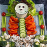rauwkost skelet voor gezonde halloween snacks © Bettyskitchen.nl