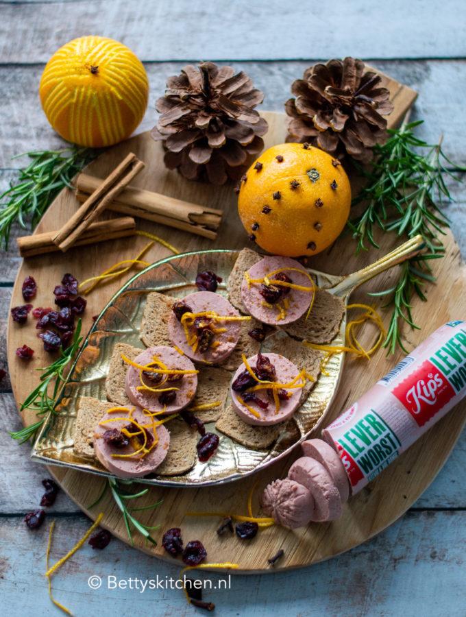 toastjes met leverworst en cranberry KIPS wedstrijd © bettyskitchen.nl
