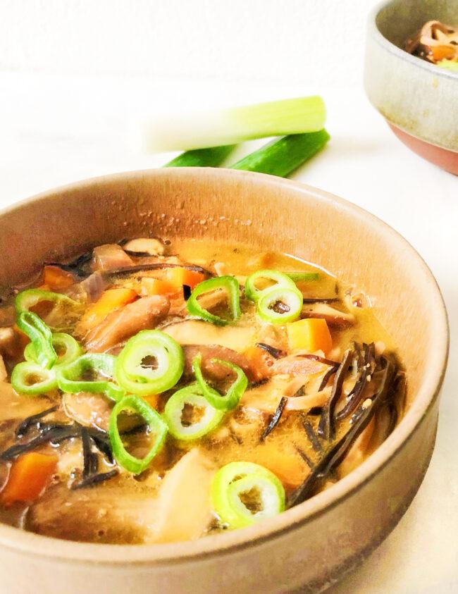 recept voor japanse miso soep met groenten en zeewier LUUKSKITCHEN
