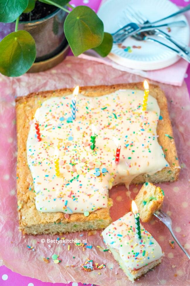 recept confetti cake milk bar new york