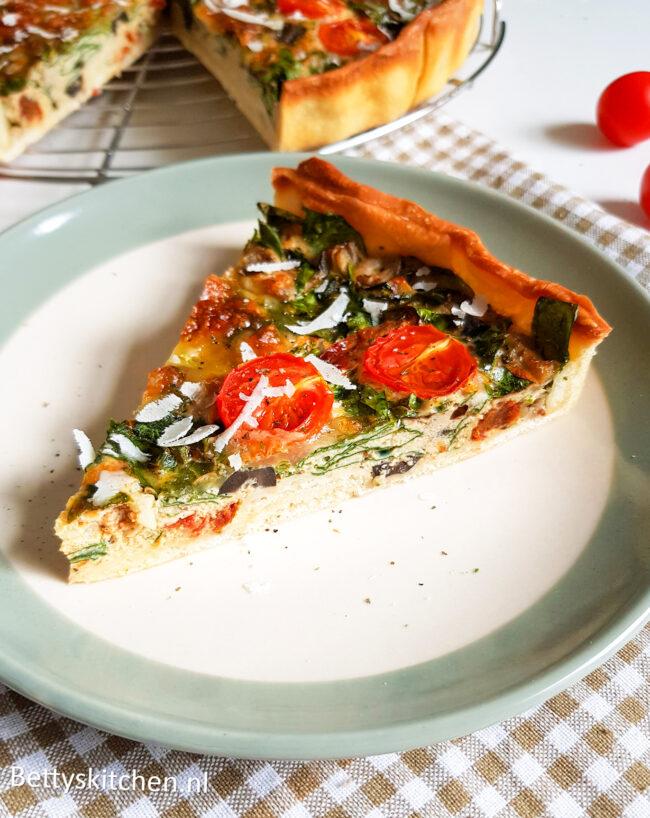 Mediterrane Hartige taart - Italiaanse quiche met pesto en mozzarella door Bettys Kitchen