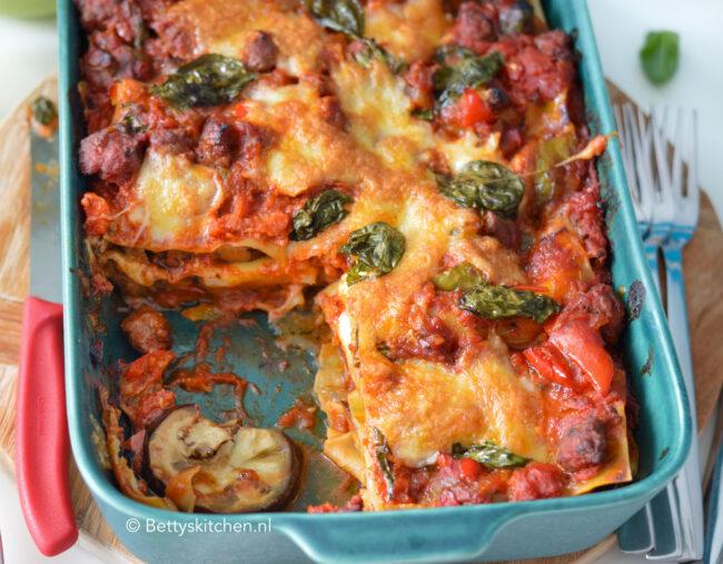 recept voor lasagna met aubergine en worst uit de oven © bettyskitchen