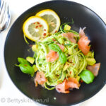 recept courgetti met zalm en avocado © bettyskitchen.nl