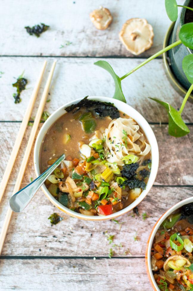 recept vegetarische miso soep met groenten © bettyskitchen.nl