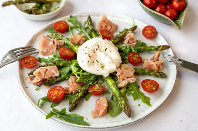 recept salade met burrata en seranoham