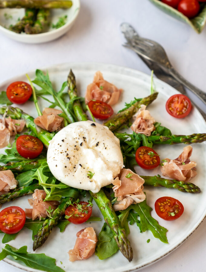 recept salade met burrata asperges en seranoham © bettyskitchen.nl