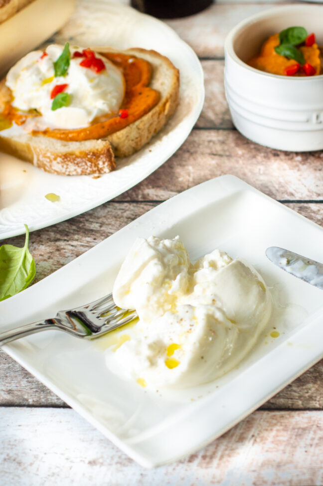 recept brood met paprika spread en burrata © bettys kitchen