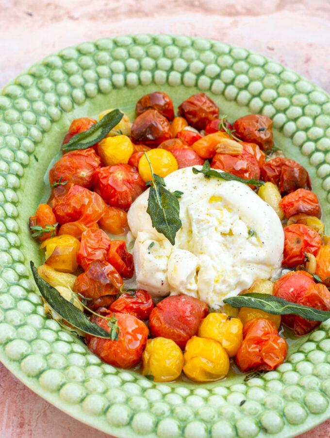 recept burrata caprese met tomaten en salie © bettyskitchen.nl
