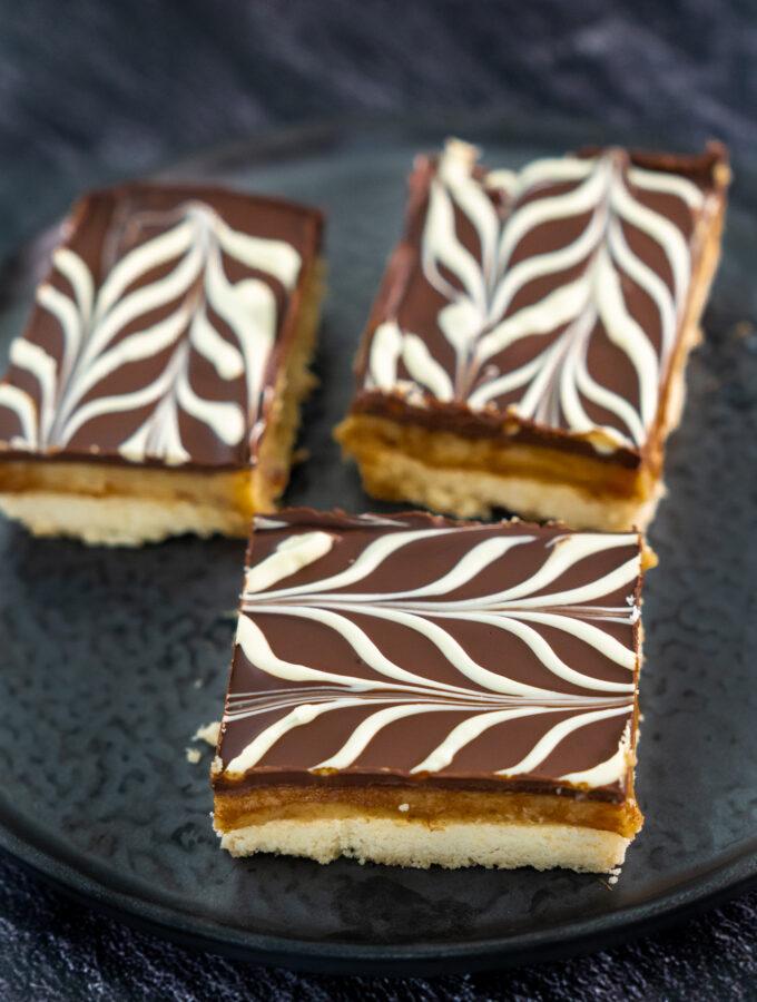 recept millionaires shortbread met karamel en chocolade