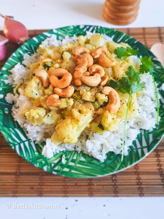 recept bloemkool curry met halloumi kaas © bettyskitchen.nl