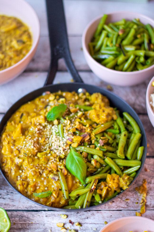recept vegan gele curry met jackfruit en mungbonen © bettyskitchen.nl