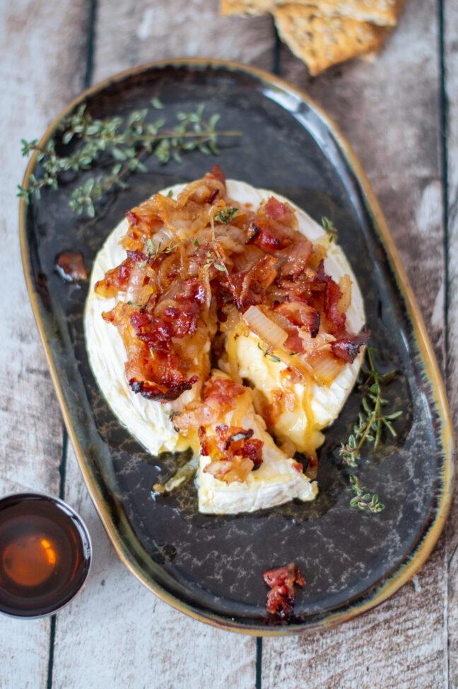 gebakken camembert uit de oven keto © bettyskitchen.nl