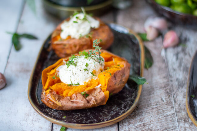 15x zoete aardappel recepten - recept gepofte zoete aardappel maken © bettyskitchen.nl