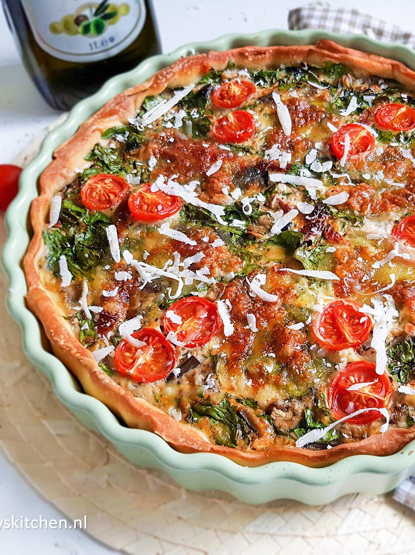 recept Mediterrane Hartige taart - Italiaanse quiche met pesto en mozzarella door Bettys Kitchen