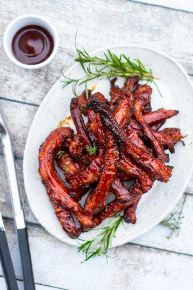 recept gegrilde iberische ribfingers van de barbecue