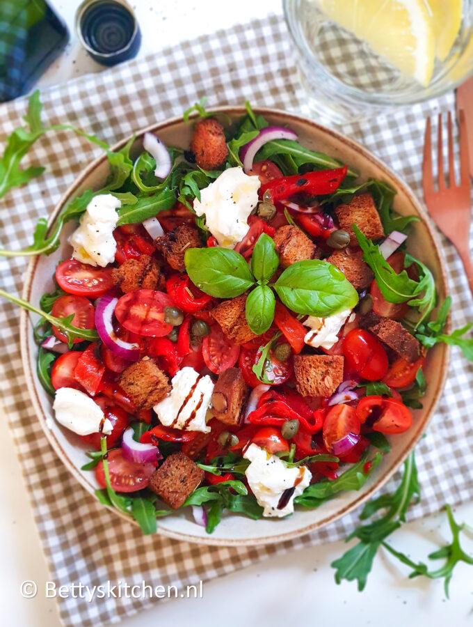 recept italiaanse broodsalade panzanella ©bettyskitchen.nl